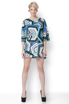 Φόρεμα με έντονα γεωμετρικά print με χαρούμενο φωτεινό πράσινο και μπλε!! New Outfits, Mini, Green, Clothes, Dresses, Fashion, Boss, Vestidos, Moda