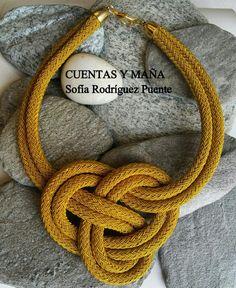 Gargantilla nudo de cordón #cuentasymaña #handmade #collares #madewithlove #nudo…