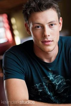 Cory Monteith/ Oh so very very handsome. Its still so unreal that he is gone. The next season of Glee is going to be so sad to watch without him :( Calgary, Finn Glee, Glee Cory Monteith, Lea And Cory, Becca Tobin, Finn Hudson, Glee Cast, Muscle Tank Tops, Chris Colfer