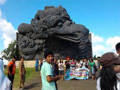 garuda wisnu kencana bali indonesia