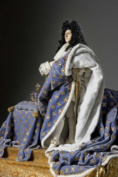 """About Louis XIV (robes of state) aka. Louis XIV of France, """"Le Roi Soleil' from Historical Figures of France French History, European History, Historical Costume, Historical Clothing, Marie Antoinette, Images Aléatoires, Ludwig Xiv, Roi Louis, 17th Century Fashion"""