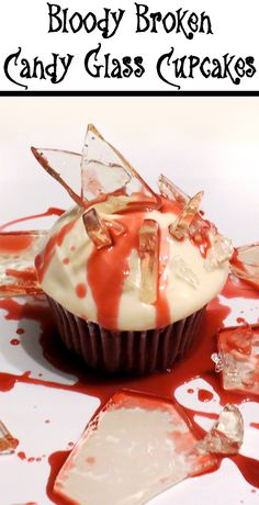 These broken glass cupcakes are sure to creep out your kids (and friends) at your Halloween party! Halloween Cupcakes, Halloween Treats, Halloween Party, Glass Candy, Holiday Baking, Good Food, Fun Food, Baking Recipes, Broken Glass