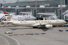 Etihad Airbus A340-541 A6-EHD FRA 11-05-15