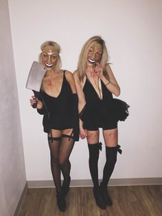the purge purge costumes purge girls halloween costume scary mask 2018 Halloween College, Halloween Outfits, Best Friend Halloween Costumes, Cute Halloween, Halloween Photos, Friend Costumes, Fantasias Halloween, Halloween Disfraces, Scary Mask