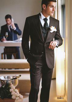 Digel Hochzeit Sakko Aldo braun  http://www.the-big-gentleman-club.com/digel-herrenmode-herrenausstatter-businessanzug-anzug-baukastenanzug-sakko-anzughose-ceremony-hochzeitanzug-smoking-uebergroesse-xxl/Digel-Hochzeit-Sakko-Aldo-braun-1009314-30.html Sakko zum Hochzeitsanzug von Digel in schokobraun mit Glanzstreifen