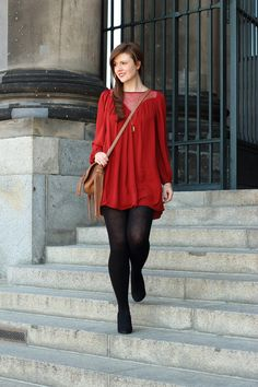 Kleid   dress   bordeaux   red   rot   herbst   herbst outfit   fall outfit   autumn look   pumps   girl   happy   fashionblog   fashionblogger   smile   outfit   spitze   JustMyself