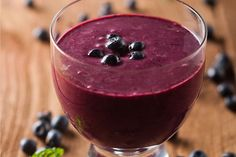 Are you aging fast but looking for how to slow it down so that you can look much younger than your peers? Try these 8 best anti-aging smoothie recipes.