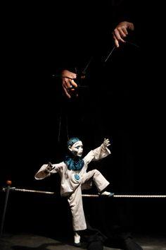 Marionette slack line