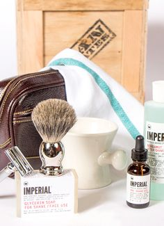Rediscover the art of shaving with Man Crates Clean Shave, a stylish collection of manstuff for the bathroom. Included is a badger brush for a fuller lather, an Best Gifts For Men, Gifts For Him, Gifts For Women, Man Gifts, Cheap Gifts, Cool Gifts, Awesome Gifts, Man Crates, Glycerin Soap