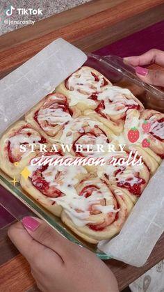 Fun Baking Recipes, Sweet Recipes, Snack Recipes, Cooking Recipes, Snacks, Cafe Food, Desert Recipes, Food Cravings, Diy Food