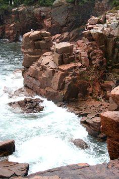 ✯ Red Rock Coast - Maine