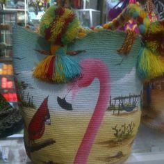 Bolso wayuu pintado y elaborado a mano