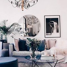 Luscious pinks by Joanna Fingal Cozy Living Rooms, New Living Room, Living Room Decor, Living Spaces, Sitting Rooms, Living Etc, Vogue Living, Interior Decorating, Interior Design