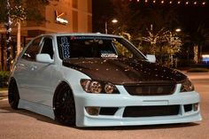 Another lovely Lexus IS200 / Toyota Altezza (via @7Tune )