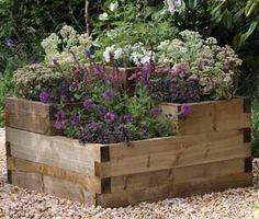 Calendonian tiered raised bed @gardenchic