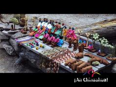 TURISMO EN CHIHUAHUA ¿Quiénes organizan cada año los concursos para las artesanías? El Gobierno del Estado de Chihuahua, a través del la Secretaria de Desarrollo Comercial y Turístico y la Casa de las Artesanías, organizan cada año importantes concursos como Concurso Regional del Arte Popular de la Sierra Tarahumara, Concurso de Artesanía Chihuahuense, Concurso de Cerámica de Paquimé. www.turismochihuahua.com