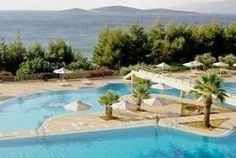 Crete family hotels: Crete is one of the best Greek islands to visit with kids. Choose from these family friendly hotels and resorts! Greek Islands To Visit, Best Greek Islands, Family Friendly Resorts, Holiday Destinations, Jacuzzi, Hotels And Resorts, Family Travel, Trip Advisor, Greece