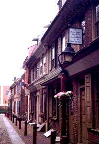 Elfreth's Alley & Mantua Maker's Museum House | Virtual Tour of Historic Philadelphia