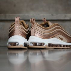 Ladies this one's for you: Nike Women's Air Max 97 Ultra in gold. Now available. Fancy Shoes, Crazy Shoes, Cute Shoes, Me Too Shoes, Air Max 97, Nike Air Max, Best Sneakers, Air Max Sneakers, Sneakers Nike