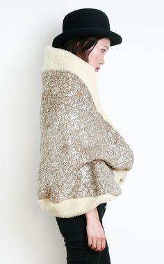 SHIDA TATSUYA, METALLIC WOOLEN CAPE COAT