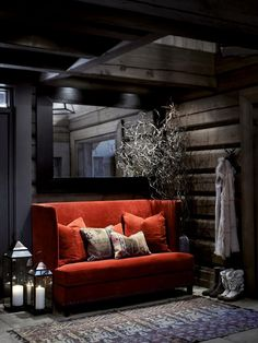Norwegian wooden house in the mountains and cozy evenings by the fireplace on Christmas Eve. Chalet Interior, Interior Exterior, Interior Decorating, Interior Design, Cottage Interiors, Wooden House, Winter House, Deco Design, House In The Woods