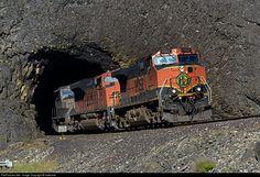 RailPictures.Net Photo: BNSF 1022 BNSF Railway GE C44-9W (Dash 9-44CW) at Cooks, Washington by Indecline