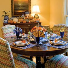 At once informal and elegant, indigo and white are lovely paired with the rich shades of autumn.