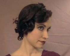 Vintage Hairstyles Tutorial Tia Semer's – How to Pin and Roller Curl a Hairstyle - Vintage Hairstyle Tutorial – Glamourdaze's Tia Semer demonstrates how to achieve an authentic hairstyle for girls with long hair. Hair And Makeup Tips, Bridal Hair And Makeup, Hair Makeup, Roller Curls, 1930s Hair, Vintage Hairstyles Tutorial, Retro Updo, Pin Curls, Girl Hairstyles