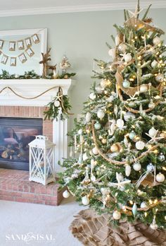 Have a classic Christmas tree by adding sliver and gold.