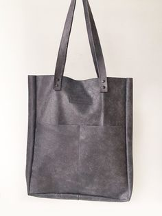 Vintage silver leather shopper bag with two slip pockets on the front. Large interior zipless pocket for a laptop tablet. Shopper Bag, Vintage Silver, Reusable Tote Bags, Van, Pocket, Leather, Vans, Vans Outfit