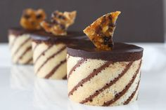 These beautiful chocolate hazelnut mousse cakes or entremet are both pretty and delicious. You can't go wrong with the combination of chocolate and hazelnut. Mini Desserts, Elegant Desserts, Just Desserts, Delicious Desserts, Plated Desserts, Fancy Cakes, Mini Cakes, Cupcake Cakes, Cupcakes