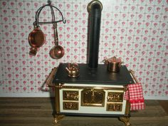 European Kitchen Cook Stove dollhouse miniature T6426 1//12 scale painted wood