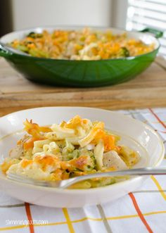 Slimming Eats Chicken, Broccoli and Cauliflower Pasta Bake - gluten free, Slimming World and Weight Watchers friendly