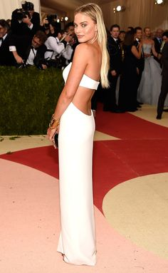 Met Gala Gowns You Need to See from Every Angle | People - Margot Robbie