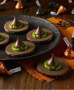 Who knew witches hats could be so delicious! Find this recipe and more for Halloween on Walmart.com.