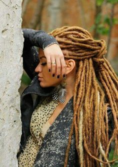 dreads dreadlocks girls with dreads Dreads Styles, Curly Hair Styles, Natural Hair Styles, Dreadlock Styles, Mohawk Styles, Dreadlock Hairstyles, Cool Hairstyles, Nattes Twist Outs, Hair Colorful