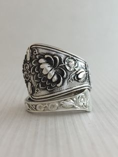Size 10 Vintage Sterling Silver Lily Spoon Ring by NotSoFlatware on Etsy https://www.etsy.com/listing/221207593/size-10-vintage-sterling-silver-lily