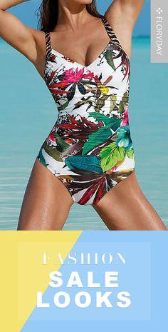 Polyester one-piece swimwear, bathingsuits, fashion sale. Fashion Sale, Womens Fashion, Fashion Brands, Cool Style, My Style, One Piece Swimwear, Swimwear Fashion, Bathing Suits, Costume