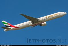 Photo of A6-ENQ Boeing 777-31HER by Hoo Jiong Sheng