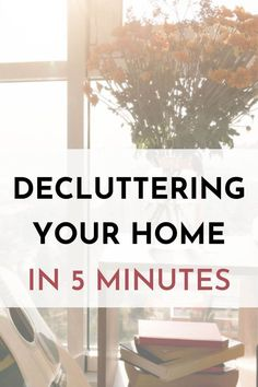 Learn how to declutter your home without feeling overwhelmed. Break a giant decluttering project into bite-sized portions and start small with 5 minutes at a time. The daily 5 minute declutter work makes you feel instantly better and a sense of achievement that will motivate you to keep decluttering. Declutter Your Mind, Organize Your Life, Organizing Your Home, Becoming Minimalist, Minimalist Kids, Minimal Living, Simple Living, Slow Living, Feeling Overwhelmed
