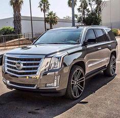 15 Cadillac Suv Everyone Should Have A Look At - Auto - Cars Suv Trucks, Suv Cars, Cadillac Escalade, Escalade Esv, Best Luxury Cars, Luxury Suv, Fancy Cars, Cool Cars, Dream Cars