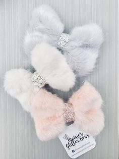 Ideas Baby Crafts Diy Girl Daughters Tutus For 2019 Handmade Hair Bows, Diy Hair Bows, Diy Bow, Handmade Dolls, Baby Girl Bows, Girls Bows, Boutique Hair Bows, Girls Hair Accessories, Baby Headbands
