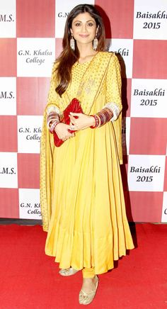 Shilpa Shetty at Baisakhi 2015. #Bollywood #Fashion #Style #Beauty
