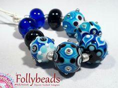 Handmade Lampwork Artisan glass bead set in white Azure
