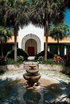 Bonnet House Fort Lauderdale 2009 - 24 by al5651, via Flickr Vintage Florida, Old Florida, Florida Usa, Florida Travel, Orlando Florida, Lauderdale By The Sea, Fort Lauderdale, Most Beautiful Beaches, Beautiful Places