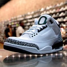 Jordan 3 Retro: #Oregon Visit http://www.reverbnation.com/flonight