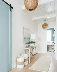 Super Easy Ways to Turn Your Home into Farmhouse Beach Cottage dream houses I am crazed over beachy home design. Since beachy home design becomes a trend in recent years, I try my best to make my home beachy. Beach home décor . Flur Design, Home Design, Home Interior Design, Coastal Interior, White House Interior, Scandinavian Interior, Interior Ideas, Interior Inspiration, Natural Interior