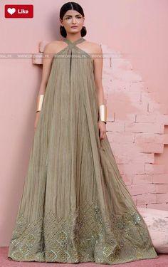 Teena Durrani Poison ivy Luxury Pret Contemporary 2017 #Teena Durrani #Teena DurraniPoison ivy #Teena DurraniLuxury Pret Contemporary #Teena Durrani2017 #Teena Durranifashion #womenfashion's #fashion #lasdiesfashion #style #fashion #womenfashion Whatsapp: 00923452355358 Website: www.original.pk