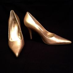"Selling this "" REDUCED  Bandolino Gold Snake Skin Heels"" in my Poshmark closet! My username is: kcford24. #shopmycloset #poshmark #fashion #shopping #style #forsale #Bandolino #Shoes"