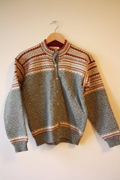 Scandinavian Fair Isle Wool Vintage Sweater by flickaochpojke